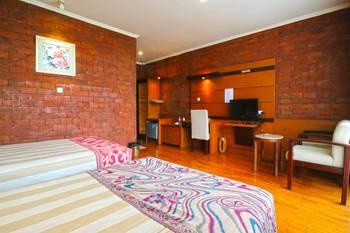 Villa Gardenia Bandung - Standard Room Last Minute Deal - 34% Off