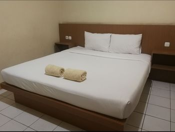 Hotel Mayang Sari 2 Jambi - Standard Double Room Only Regular Plan