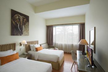 Grand Zuri Dumai Dumai - Deluxe Twin Room Regular Plan