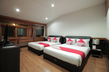 OYO 229 Hi Quality Bandung - Suite Family  Regular Plan