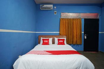 OYO 1685 Garuda Guest House Balikpapan - Standard Double Room Regular Plan