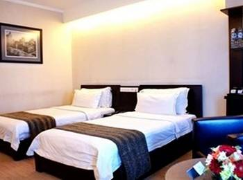 Manhattan Hotel Jakarta - Executive Twin With Breakfast Regular Plan