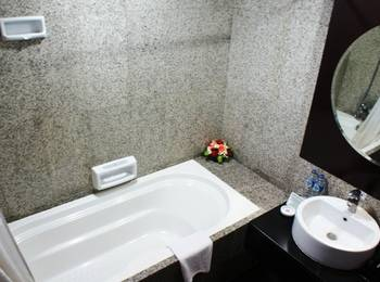 Manhattan Hotel Jakarta - Executive King For 2 Persons Room Only Regular Plan