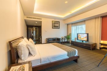 Manhattan Hotel Jakarta - Mars & Venus Suite with Breakfast Regular Plan