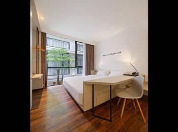 Delua Hotel Jakarta - Deluxe Room Only Regular Plan