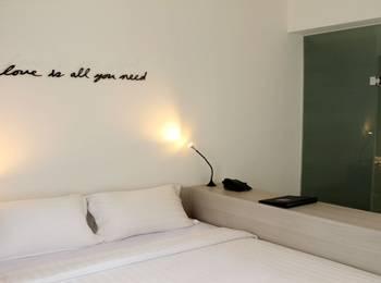 Delua Hotel Jakarta - Deluxe Room Regular Plan