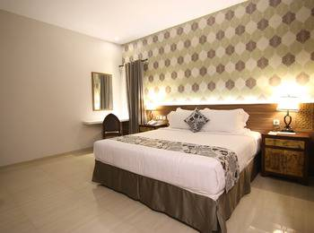 Grand Amira Hotel Solo - Superior Promo (Best Selling Room) Regular Plan