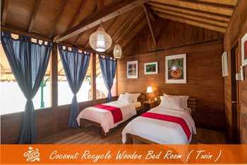 Coconut Island Carita Pandeglang - Wooden Double Twin Best Deal