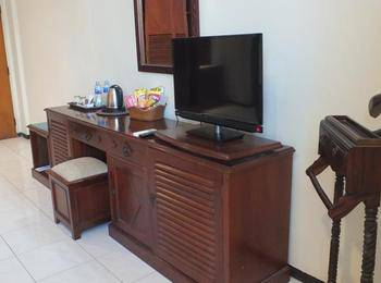 Jepara Indah Hotel Jepara - Suite Room Regular Plan