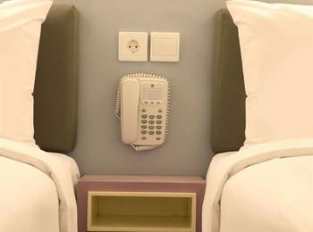 Amaris Hotel Sunset Road Bali - Smart Room Queen Staycation Offer Regular Plan