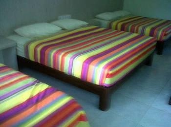 Holiday Beach Inn Pangandaran - Suite Room Regular Plan