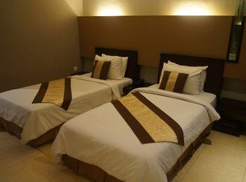 Hotel Surya Duri Bengkalis - Luxury Twin Room Lantai 2 / Lantai 3 Regular Plan