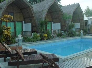 Krisna Bungalow and Restaurant Lombok - Lumbung Bungalow Sea View With Fan Save 8%