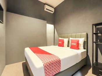 OYO 3492 Mandala Residence Medan - Standard Double Room Regular Plan