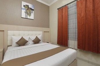 Hotel Atalie Malioboro by Yuwono Yogyakarta - Superior Queen Room Only  Regular Plan