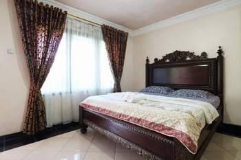 Aries Biru Hotel Bogor - Deluxe Room Only Basic Deal 40%