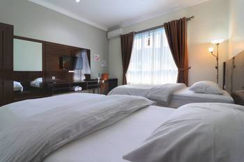 Aries Biru Hotel Puncak - Executive Room Basic Deal!