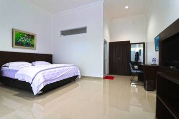 Aries Biru Hotel Puncak - Junior Suite Regular Plan