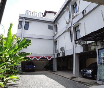 Gatsu 2 Syariah Guest House