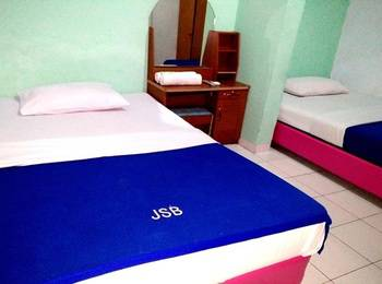 Wisma Jampea Makassar - Deluxe Twin With Breakfast Regular Plan