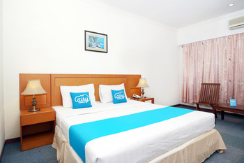Airy MT Haryono KM 3.5 Tanjung Pinang - Superior Double Room with Breakfast Special Promo Oct 50