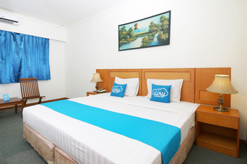 Airy MT Haryono KM 3.5 Tanjung Pinang - Standard Double Room with Breakfast Special Promo Oct 50