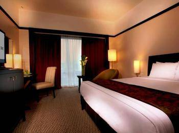 Millenium hotel Jakarta - Deluxe Family Room Best Flexible rate Room with Breakfast