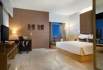 Hotel Santika Medan Medan - Premiere Room Twin Staycation Offer Regular Plan