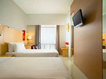 Hotel Santika Medan Medan - Superior Room Twin Regular Plan