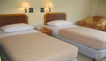 Hotel Makmur Tarakan - Deluxe Twin Room Regular Plan