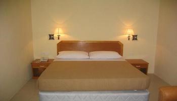 Hotel Makmur Tarakan - Standard King Room Regular Plan