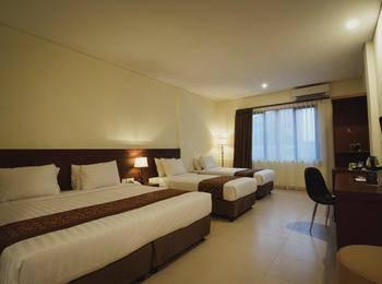 Golden Tulip Essential Belitung - Family Room Quarduple  Regular Plan