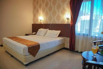 Hotel Gerbera Bogor - Deluxe Double Bed Room Only Regular Plan