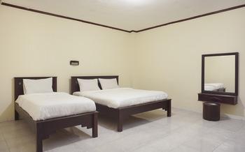 Hotel Citra Indah Yogyakarta - Suite Triple Room Regular Plan