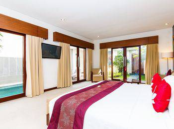 ZEN Premium Umalas Bumbak Villa Bali - Double Room Special Promo