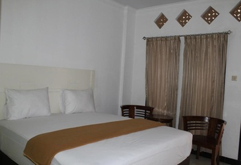 Omega Hotel Lombok Lombok - Superior Double Room Regular Plan
