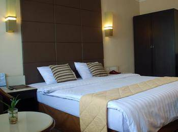 Hotel Gajahmada Pontianak - Deluxe Room Only Regular Plan