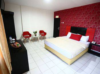 Hotel Mangga Dua Makassar - Junior Suite Room - Sulawesi Deals Regular Plan