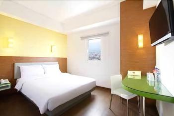 Amaris Hotel Pakuan Bogor Bogor - Smart Room Queen Staycation Offer  Regular Plan