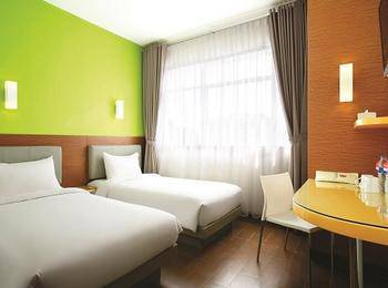 Amaris Pakuan Bogor - Smart Room Twin Offer  Regular Plan