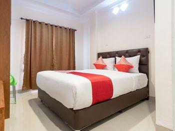 OYO 621 Vania Residence Medan - Deluxe Double Room Regular Plan