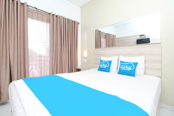 Airy Syariah Semarang Barat Wiroto Tiga 10 Semarang - Deluxe Double Room with Breakfast Regular Plan