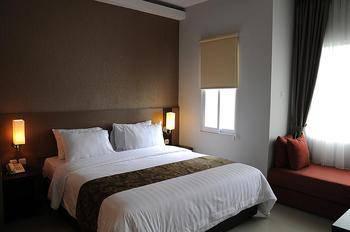 Lorin New Kuta Hotel Bali - Junior Suite Room Basic Plan