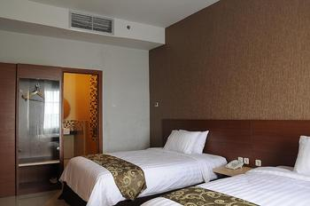 Lorin New Kuta Hotel Bali - Deluxe Room Double or Twin Regular Plan