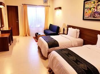 Atsari Hotel Parapat Parapat - Suite Room Regular Plan