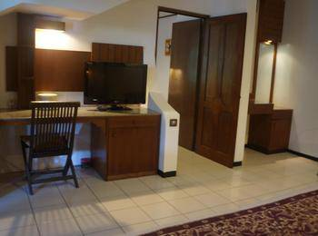 Puri Naga Beach Front Cottage Bali - Family Deluxe Last Minute Deal