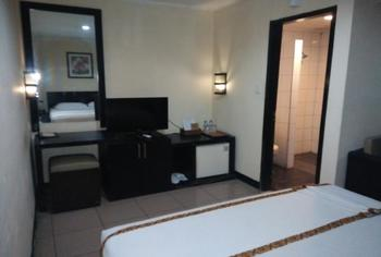 Jatinangor Hotel & Restaurant Sumedang - Deluxe Room Only Minimum stay 2 nights get 17% off