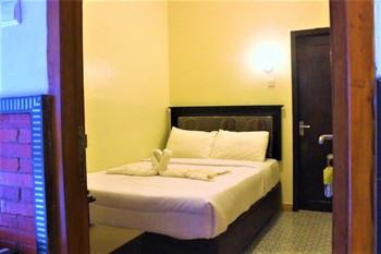 Rahayu Jawarika Bromo Hotel Probolinggo - Standard Room Only NR Special Deal