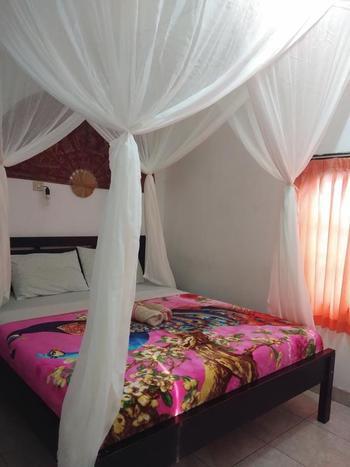 Volcano 2 Guest House Bali - Standard Room Regular Plan