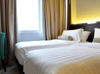 Clove Garden Hotel Bandung - Deluxe Twin Room Only Regular Plan